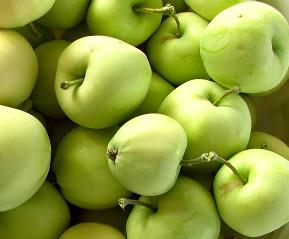 Prunus malus Beličnik - Vrtnarstvo Breskvar